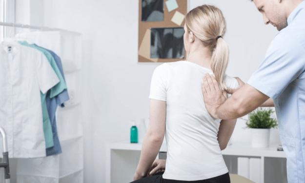 Scoliose-behandeling-625x375